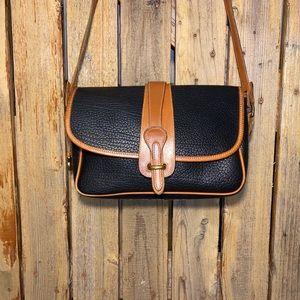 Dooney & Bourke classic shoulder bag